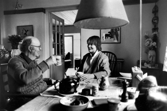 John Bayley and Iris Murdoch at Their Oxford Home, 1986